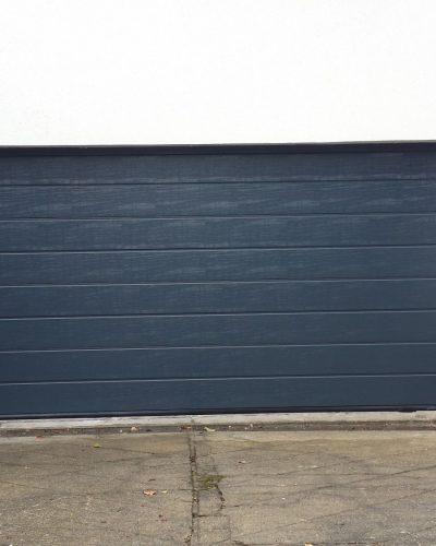 porte de garage sectionnelle à rainures M surface woodgrain ral 7016