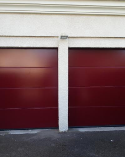 2 portes Lpu42 Hormann rouges à rainures L ©preciselec