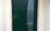 Porte d'entrée alu Belm Virgule ral 6005 ©preciselec