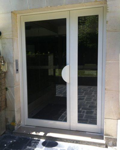 porte entree d'immeuble ton pierre
